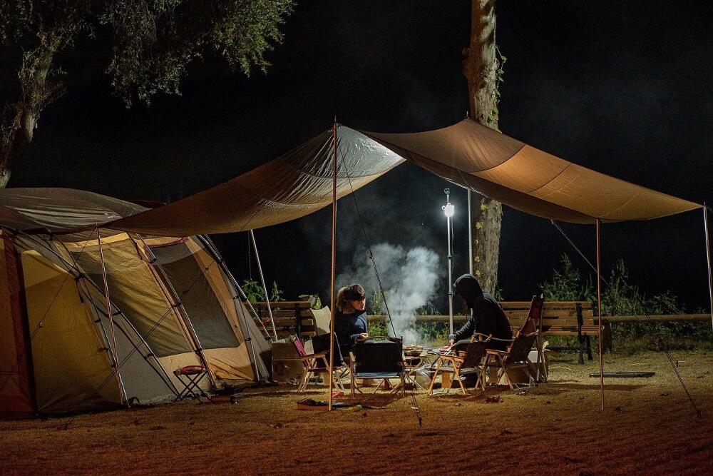 【キャンプ初心者必見】キャンプを始めるために必要な基本道具【揃える順番も紹介】